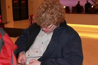 Drew texting before trip